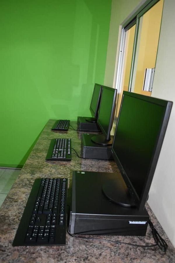 Modernización y equipamiento de laboratorio de mercadotecnia en el ITAP